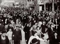 Manifestacio dones contra bombardeig